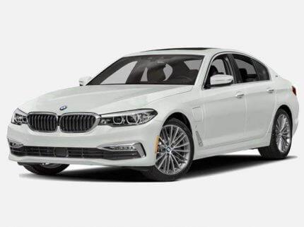 BMW 520d Sedan M Sport 2.0 Diesel xDrive 190 KM Automat Biel Alpejska w cenie PLN 215300 | 25 października 2021